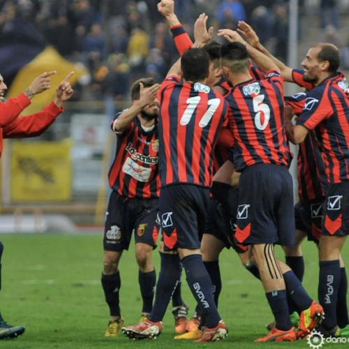 La Casertana vince a Catania per 1-0 pur giocando in dieci