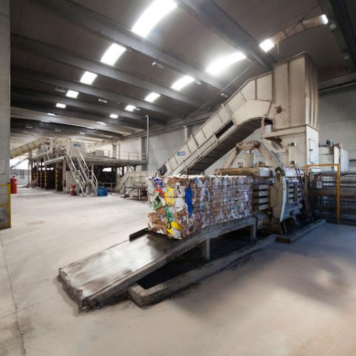 Il riciclo della plastica per rilanciare l'Italia che vale