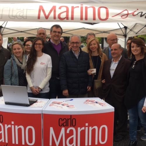 l gazebo di Marino a piazza Pitesti. Lavoro, servizi sociali e sicurezza le richieste dei casertani