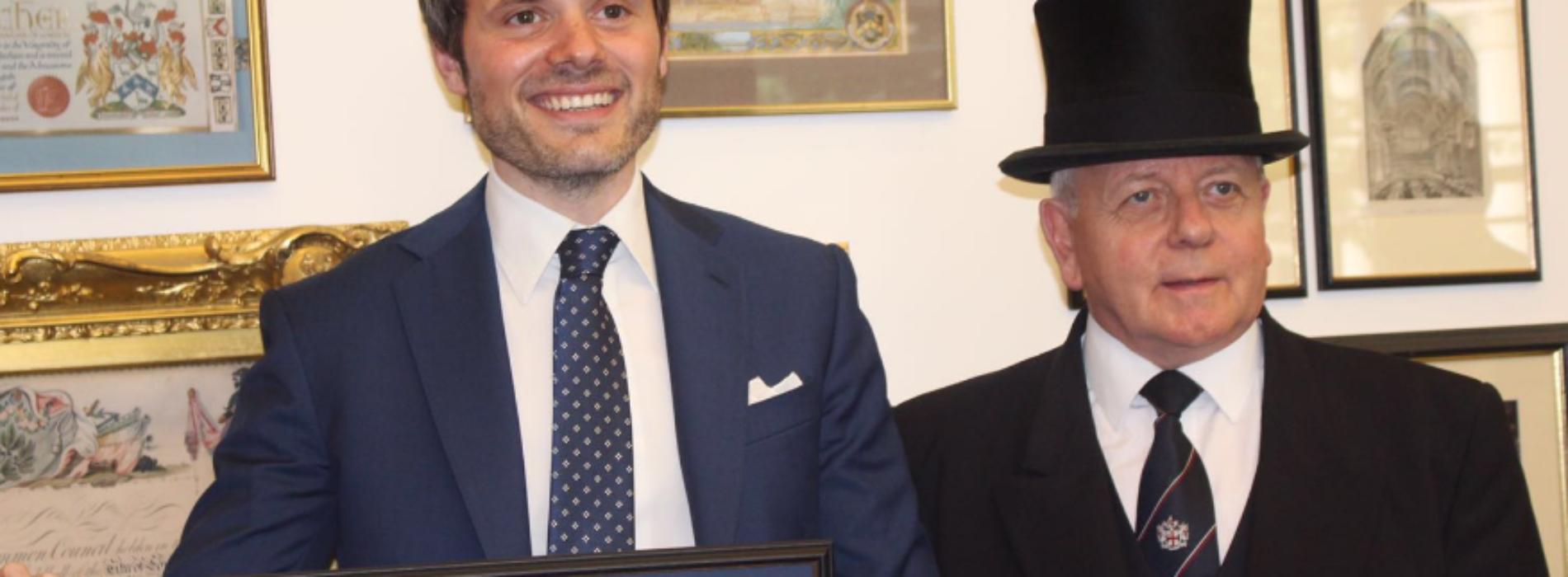 Al manager casertano Raffaele Petrone il Freedom of the City of London