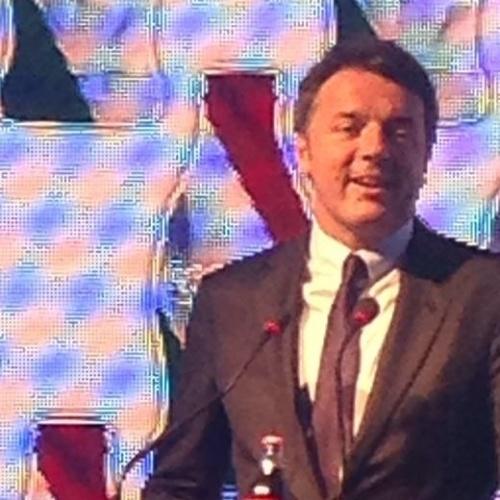 Marino incontra Renzi. Per il premier Caserta eccellenza della Campania