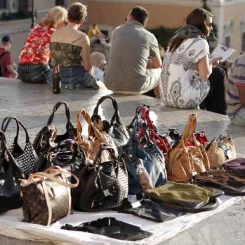 Azione anti contraffazione. Confcommercio Caserta: Bene azione del sindaco Marino
