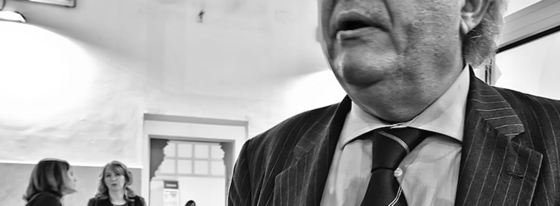 La cravatta di Felicori. Ma che filosofo quel direttore!