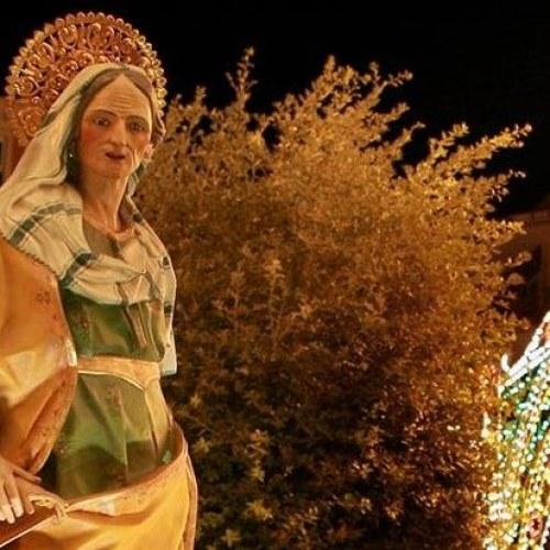 E' il giorno di Sant'Anna. E' qui la festa, nella Caserta più antica