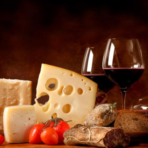 Mondragone Caserta, il Falerno del Massico e la mozzarella di bufala
