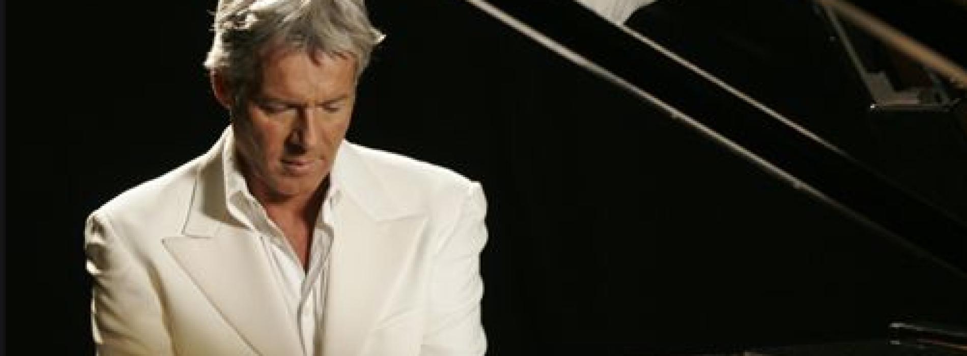 Claudio Baglioni chiude l'Ischia Summer Festival