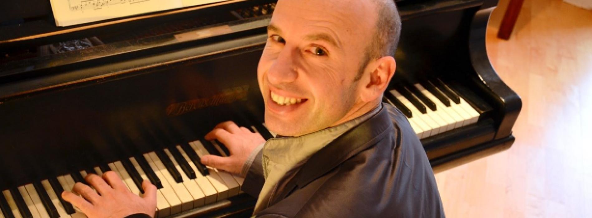 Classica a Carinola, chiusura con il pianista bulgaro Mundrov