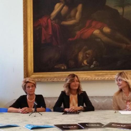 Capua, le Ferrari in visita al Museo Campano per l'Unicef