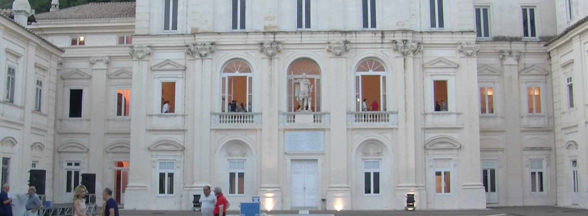 Isaia, la casa che fa moda con le sete e i disegni di San Leucio