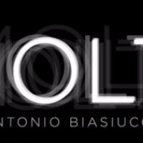 """La fotografia di Biasiucci a Caserta con """"Molti"""""""