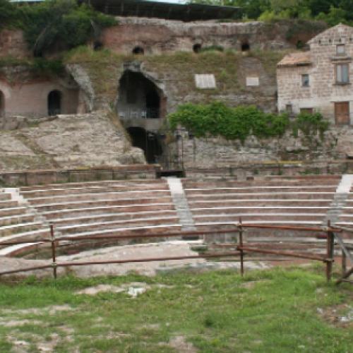 Teanum Sidicinum. Cesaro: Accordo per il teatro romano
