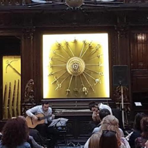 Musica e teatro insieme illuminano Napoli