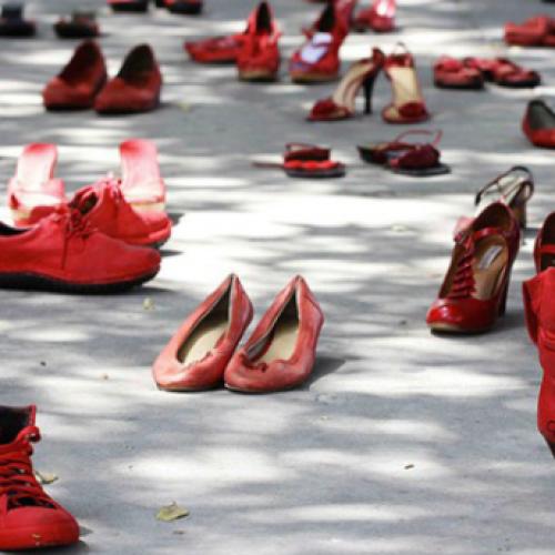 Caserta celebra la giornata contro la violenza alle donne