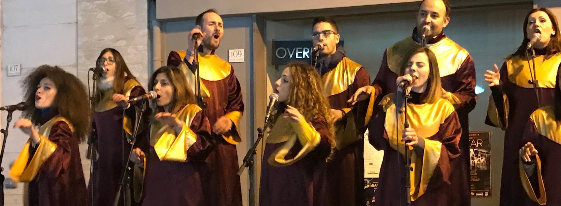 """""""Natale di gusto"""" a Caserta, la città incantata dai gospel"""