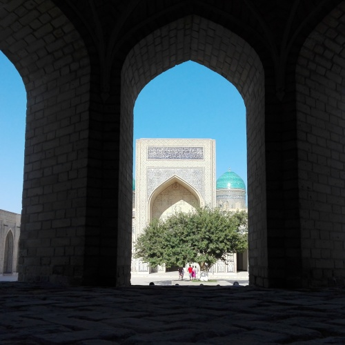 Caserta – Uzbekistan, andata e ritorno lungo la via della seta