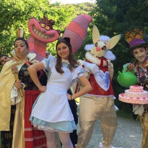 Alice nel bosco delle meraviglie, a passeggio con La Mansarda