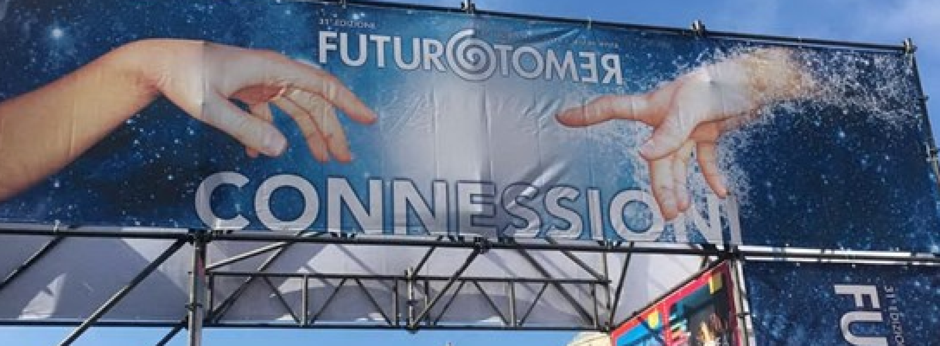 """Futuro Remoto a Napoli, """"connessioni"""" in piazza del Plebiscito"""