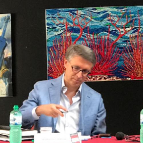 """""""La corruzione spuzza"""", e Raffaele Cantone spiega il perché"""
