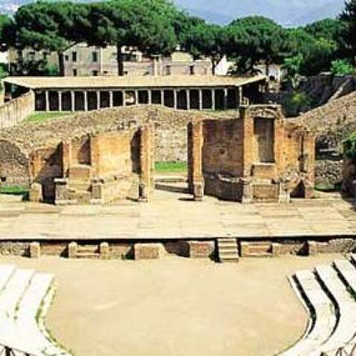 A Pompei una tragedia dopo l'altra, grande stagione di teatro!