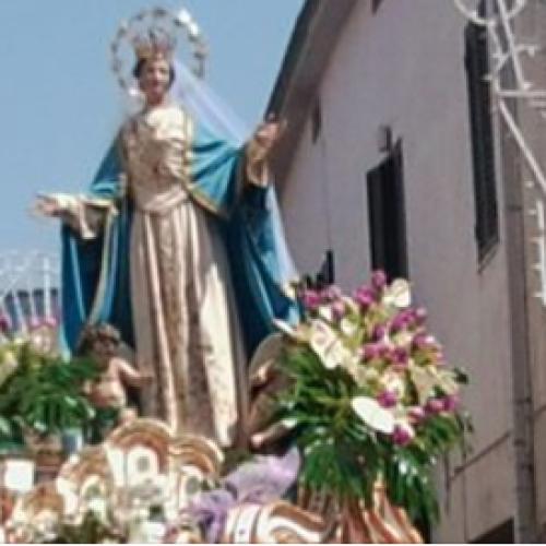 L'Assunta in Terra di Lavoro, stop a processioni ma tanta fede