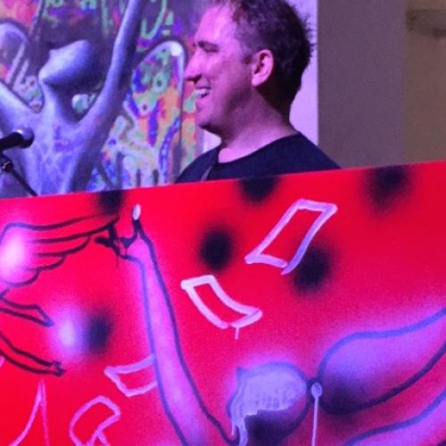 Aperipress con l'artista Mark Kostabi