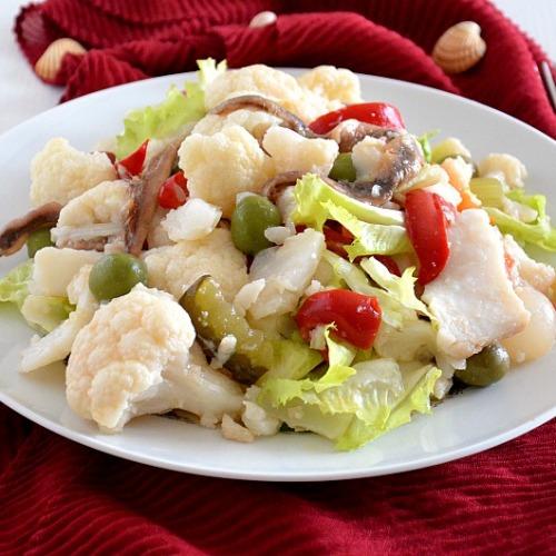 Il rinforzo natalizio dell'insalata continua pure nel nuovo anno