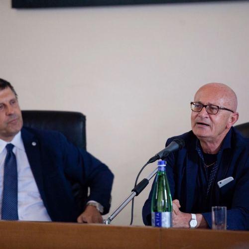 Fabrizio Frizzi, fu a Caserta per la mostra di Alessandro Giunta