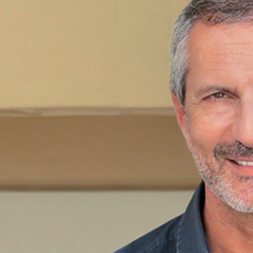 Gianrico Carofiglio a Caserta, volontario per il vaccino ReiThera