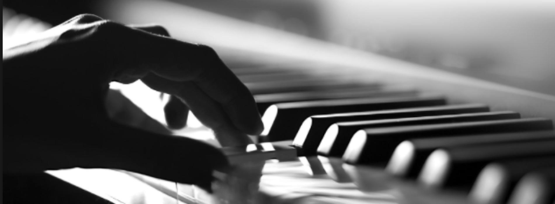 La classica al People, trio in concerto degli Amici della Musica