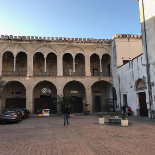 Sant'Arpino. Gli eventi culturali nel Palazzo Sanchez de Luna