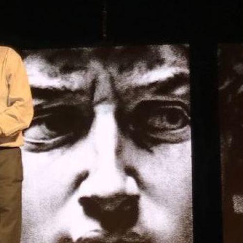 Vittorio Sgarbi, il suo Michelangelo fa comunque spettacolo
