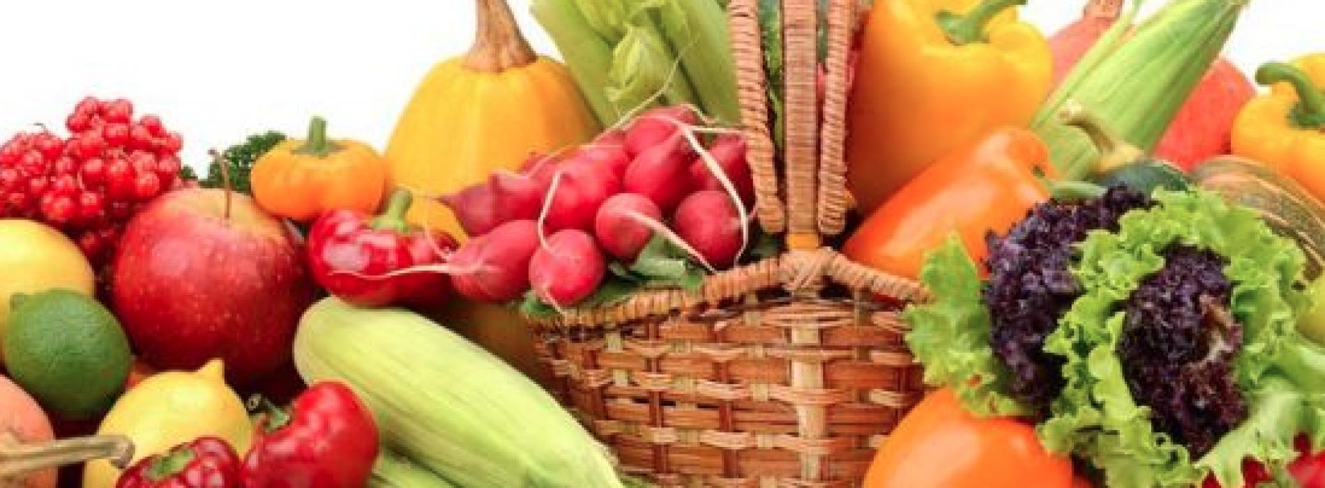 I colori della dieta, frutta e verdura a tavola quotidianamente