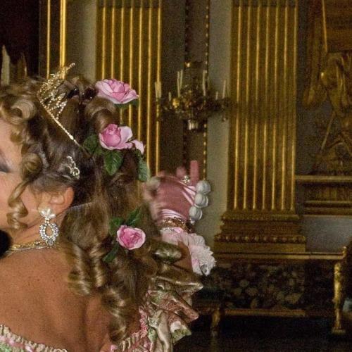 Reggia di Caserta, al Vestibolo c'è il Gran Ballo Borbonico
