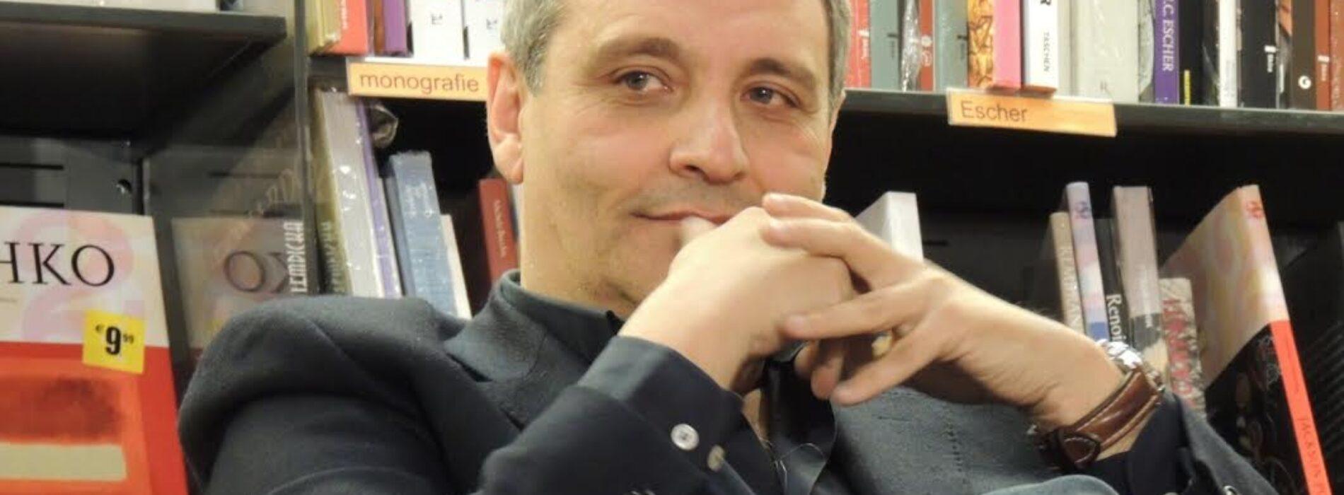 Maurizio de Giovanni, la cultura corre sul web al liceo Manzoni