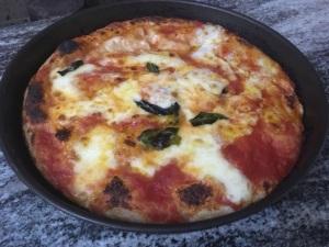 Pizza margherita nel ruoto di Bronzetti, Castel Morrone