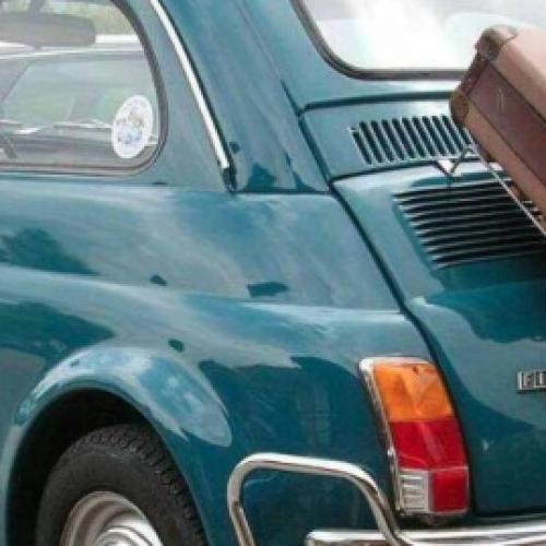 La Fiat 500, la più amata dagli italiani. Raduno a Caserta