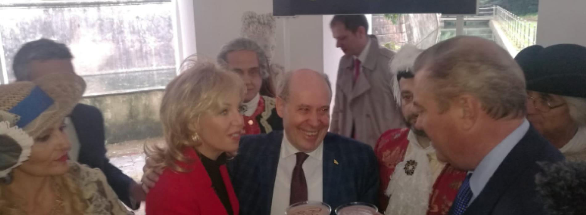 Giacomo Serao, il cocktail per festeggiare Carlo e Camilla
