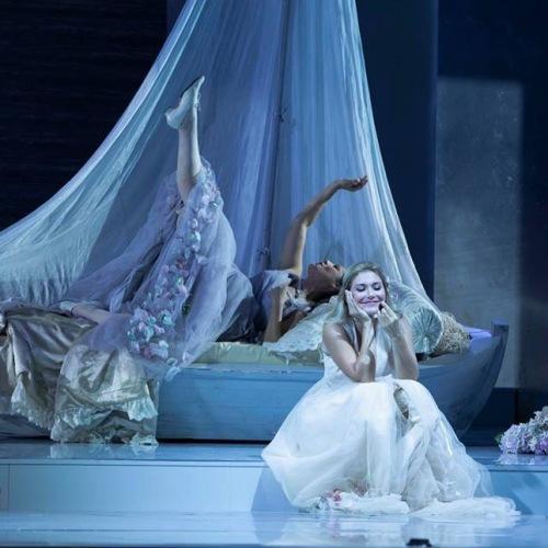 """""""Così fan tutte"""", la Napoli di Mozart protagonista al San Carlo"""