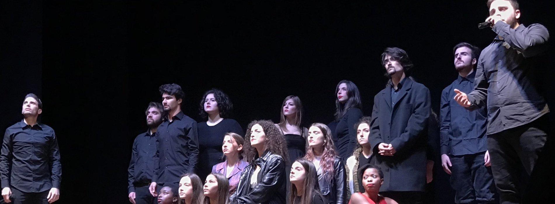 #onemore, al Comunale di Caserta no alla violenza sulle donne