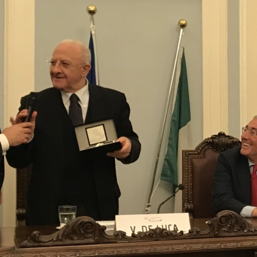 Vincenzo De Luca a Caserta per il Premio Fedeltà al Lavoro
