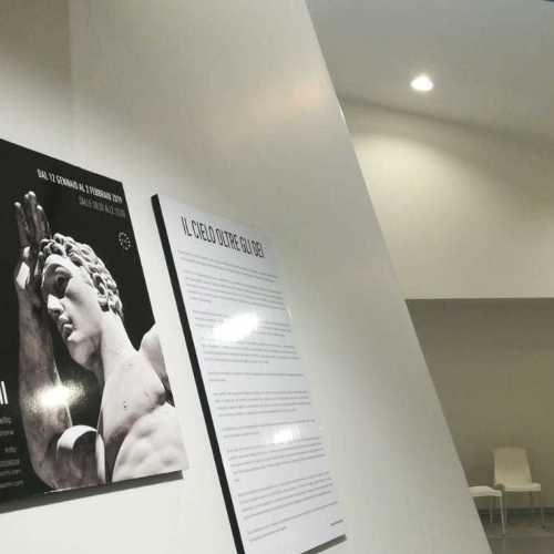 La fotografia va in stazione, mostra di De Massimi ad Afragola