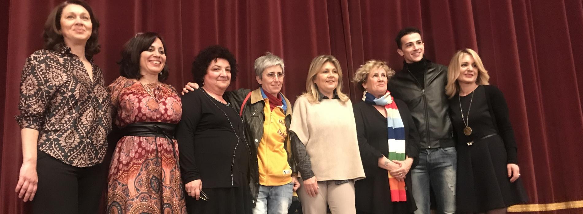 Al Comunale per l'Otto Marzo tra danza, teatro e parole