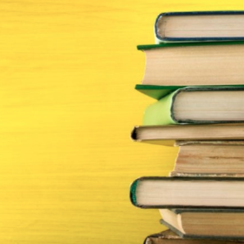 Caserta, un otto marzo con più libri che mimose per le donne