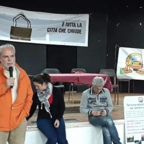 Caserta. Ex Canapificio, le associazioni chiedono la riapertura