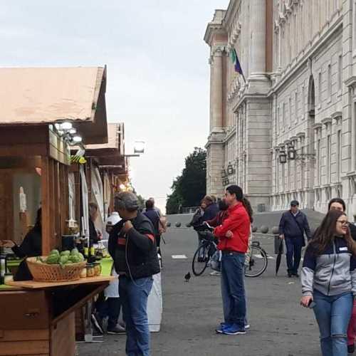 Gusto Italiano conquista Caserta. Sapori e profumi di qualità