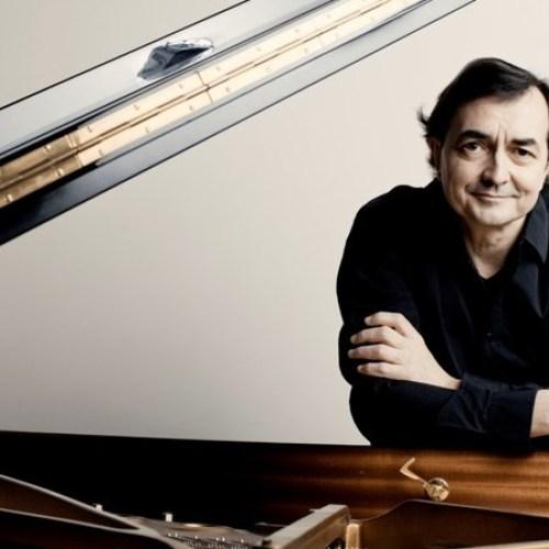 Ravello Festival. Torna la musica con Pierre-Laurent Aimand