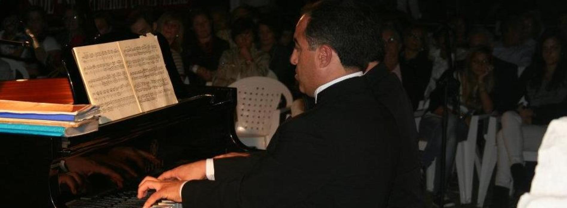 S. Maria Cv canta Napoli sotto le stelle, concerto al rione Iacp