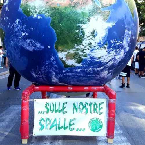 Global Strike for Future, Caserta c'è! Tanti i giovani nel corteo