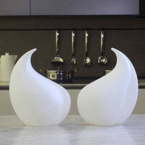 Nunziatella, il design di Alessi porta la mozzarella in carrozza