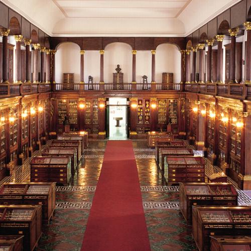 Napoli, istituzioni culturali a confronto su letteratura e verità